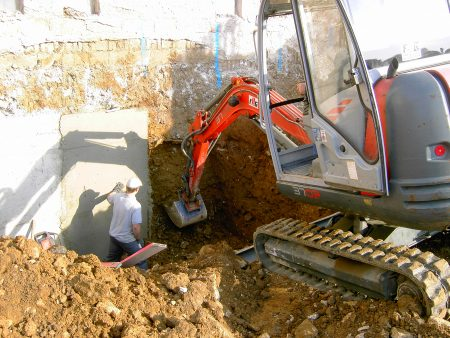 Unterfangsarbeiten bei der FHG Bau - Projekte
